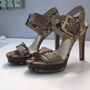 Michael Kors Platform Sandals Size 61/2